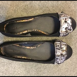 Nine West black flats size 8